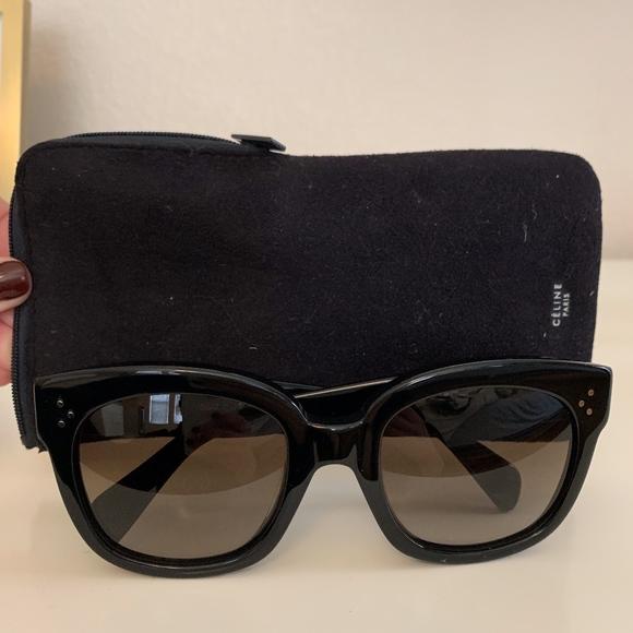 410250a45fb0 Celine Accessories - Celine New Audrey Sunglasses w  case
